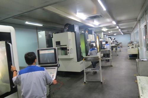Dây chuyền chế tạo khuôn mẫu tại Bắc Việt